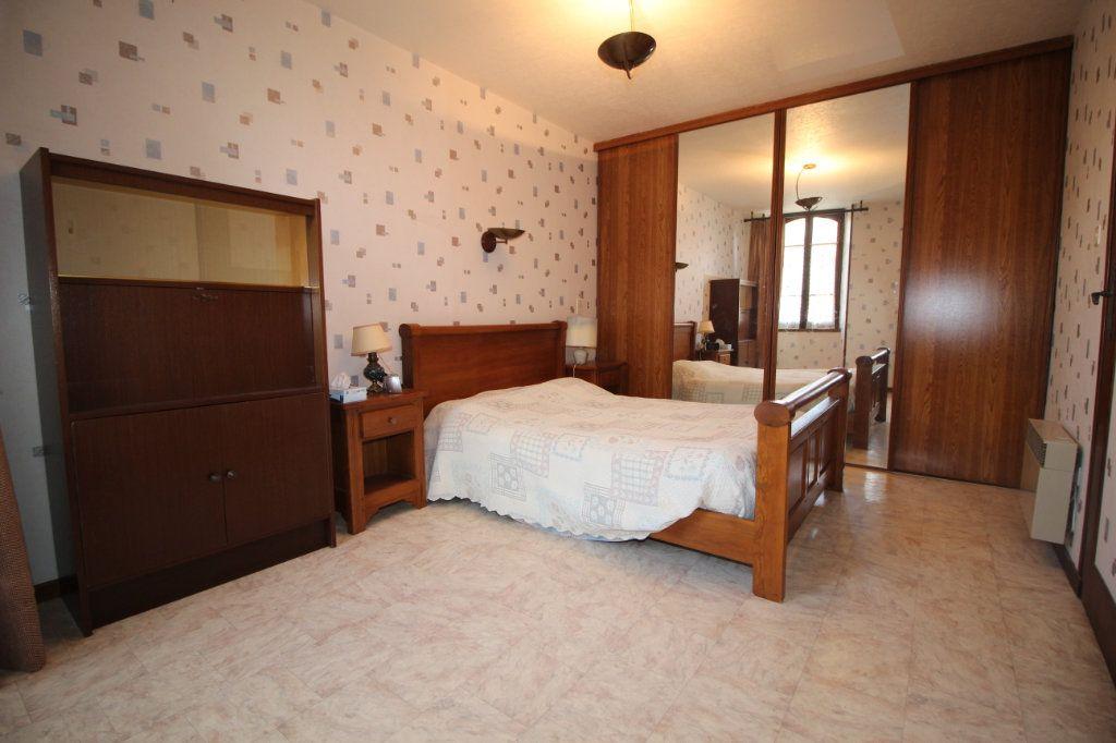Maison à vendre 5 138m2 à Benagues vignette-3