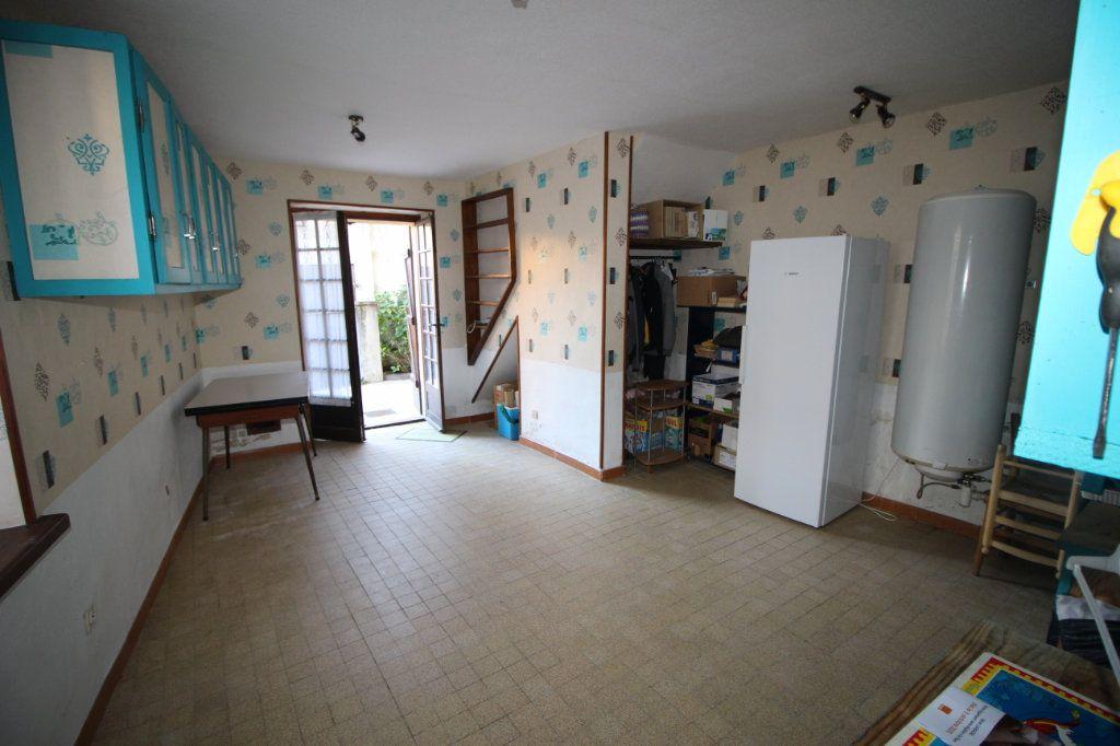 Maison à vendre 5 138m2 à Benagues vignette-4