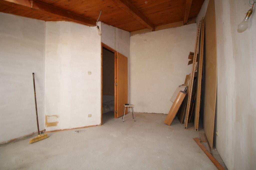 Maison à vendre 5 138m2 à Benagues vignette-6