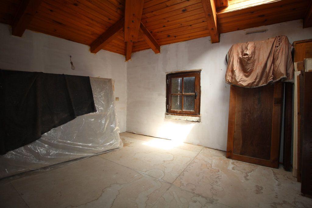 Maison à vendre 5 138m2 à Benagues vignette-8