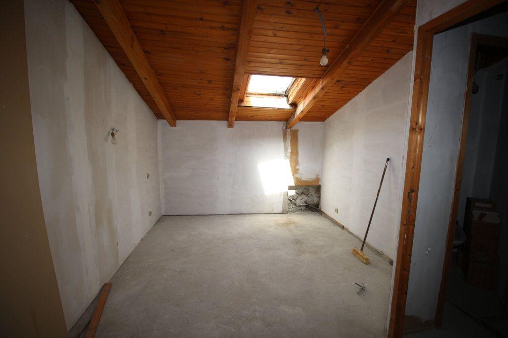 Maison à vendre 5 138m2 à Benagues vignette-9