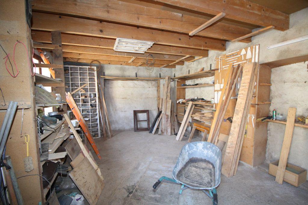 Maison à vendre 5 138m2 à Benagues vignette-11