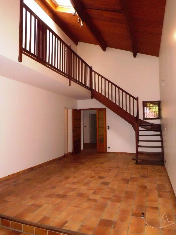 Maison à louer 5 135m2 à Verniolle vignette-2
