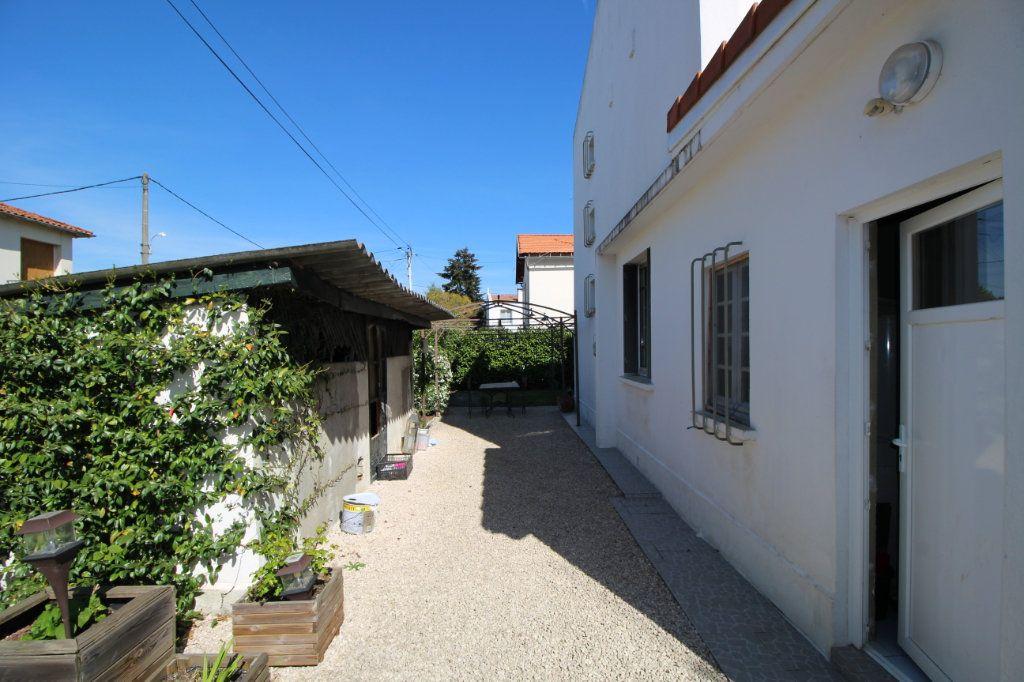 Maison à vendre 4 101m2 à Pamiers vignette-2