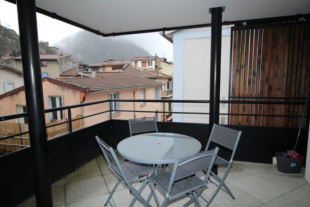 Appartement à louer 2 53.79m2 à Foix vignette-6