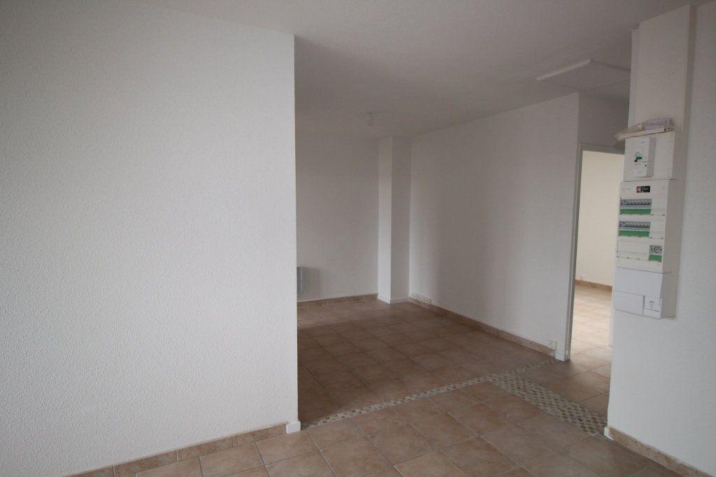 Appartement à louer 3 56.87m2 à Varilhes vignette-2