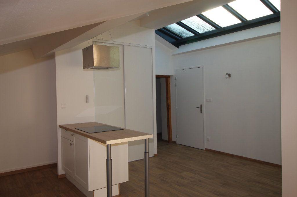 Appartement à louer 3 94.66m2 à Varilhes vignette-3