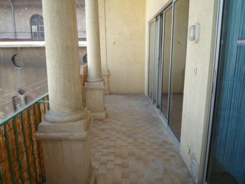 Appartement à louer 3 81.01m2 à Marseille 6 vignette-1