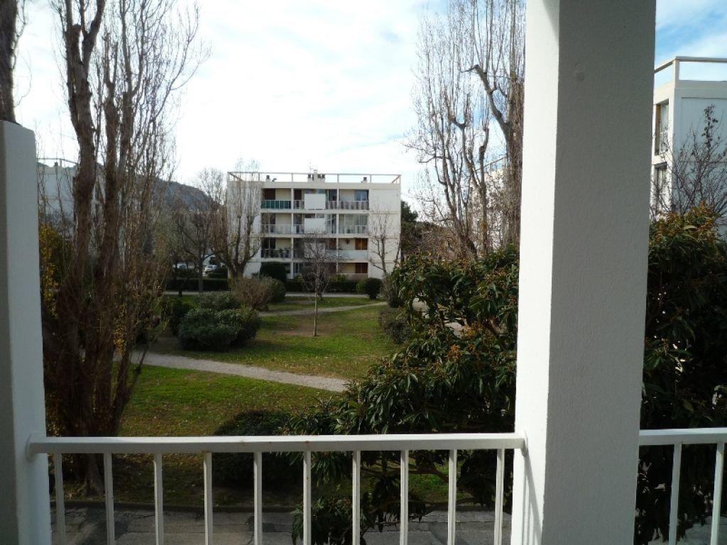 Appartement à louer 4 73.11m2 à Marseille 8 vignette-5