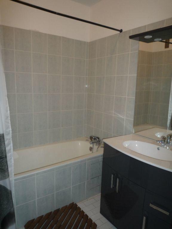 Appartement à louer 4 73.11m2 à Marseille 8 vignette-6