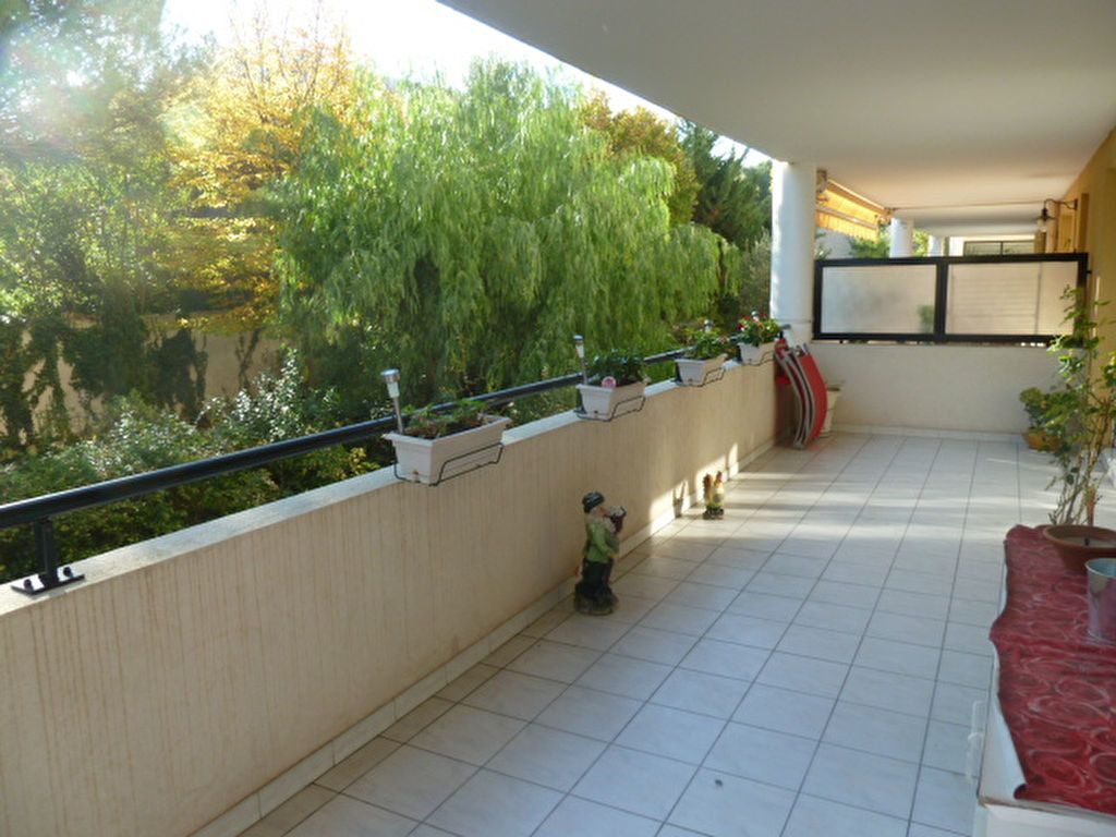 Appartement à louer 2 50m2 à Marseille 9 vignette-1