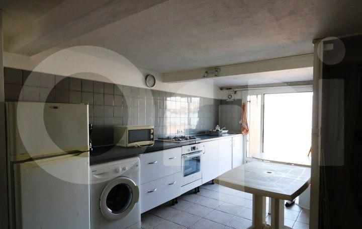 Appartement à louer 1 18m2 à Marseille 8 vignette-2