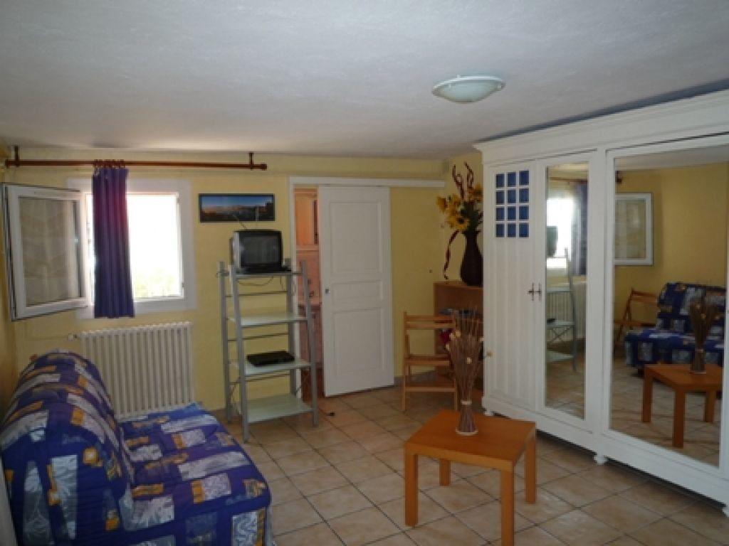 Appartement à louer 2 37m2 à Marseille 8 vignette-1