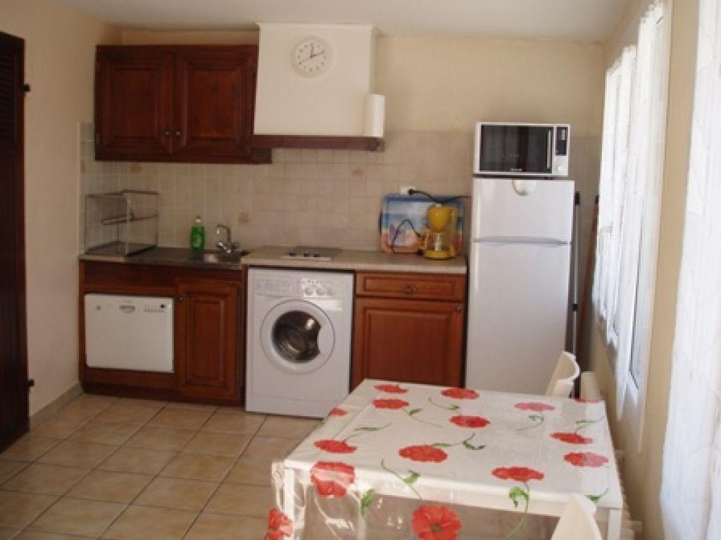 Appartement à louer 2 37m2 à Marseille 8 vignette-2