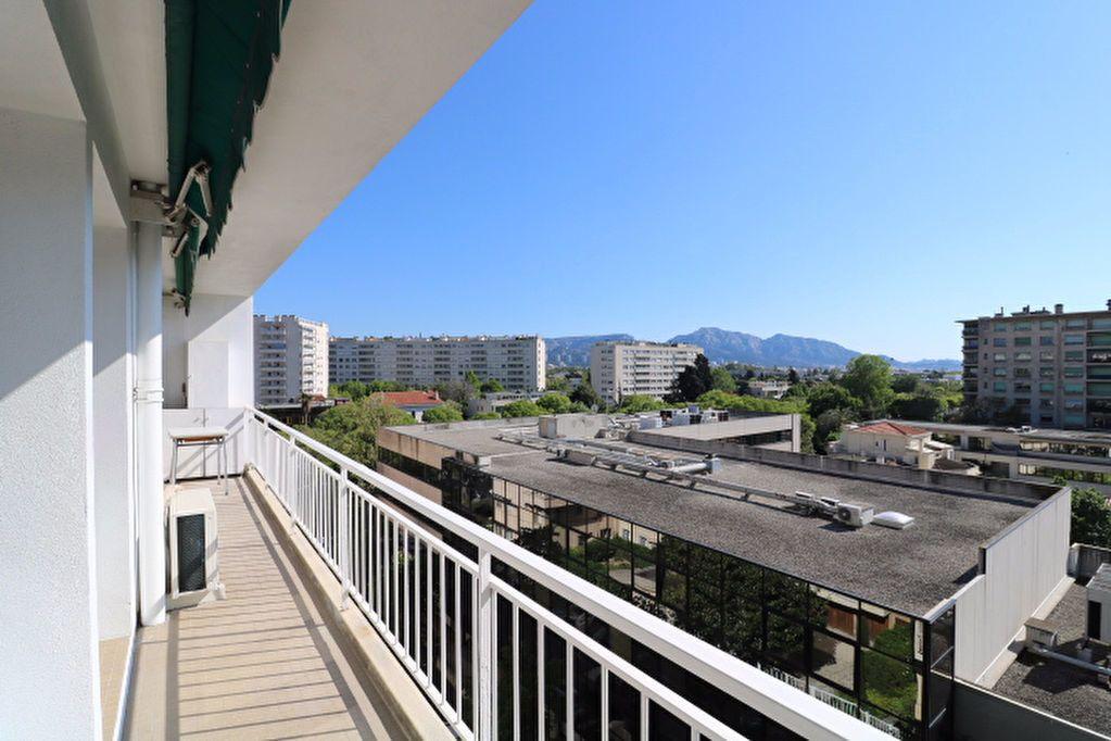 Appartement à louer 5 101.17m2 à Marseille 8 vignette-3