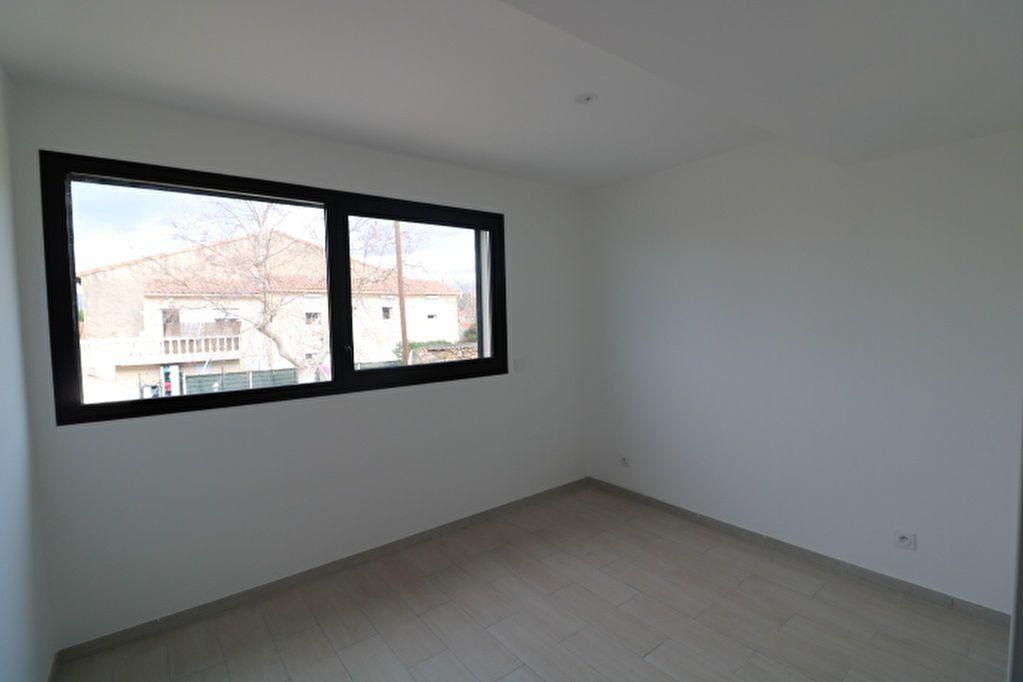 Appartement à louer 2 52.42m2 à Marseille 12 vignette-4
