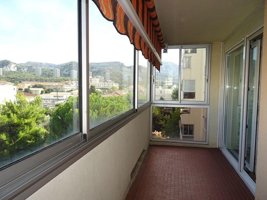 Appartement à louer 4 90m2 à Marseille 8 vignette-1