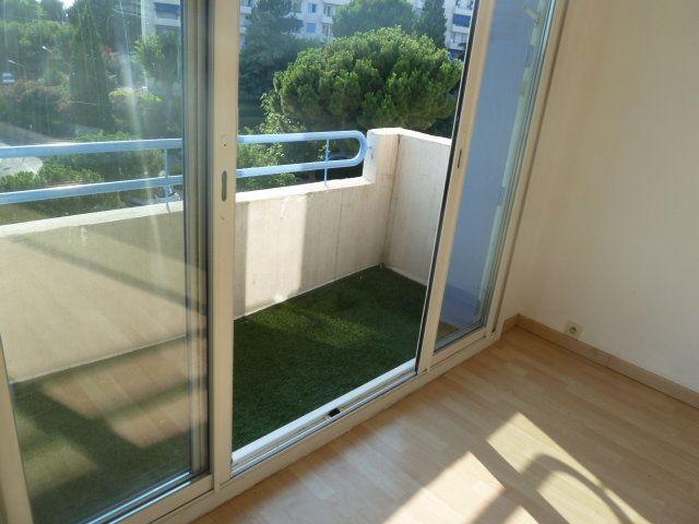Appartement à louer 3 55.03m2 à Marseille 12 vignette-3