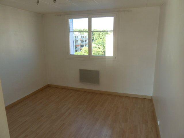Appartement à louer 3 55.03m2 à Marseille 12 vignette-5