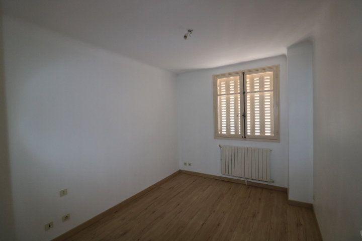 Appartement à louer 3 55.91m2 à Marseille 9 vignette-5