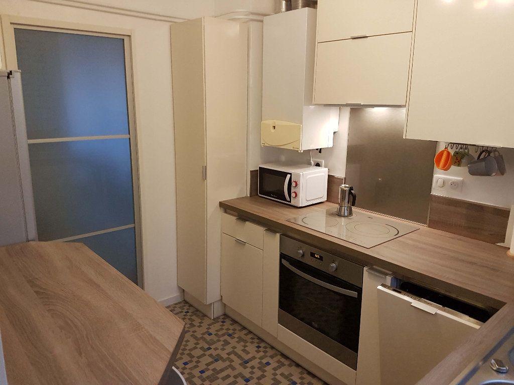 Appartement à louer 4 75.52m2 à Marseille 9 vignette-5