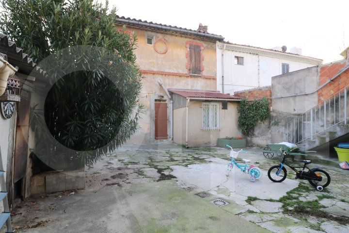 Appartement à louer 2 40m2 à Marseille 10 vignette-1