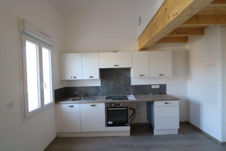 Appartement à louer 2 49.88m2 à Marseille 9 vignette-4