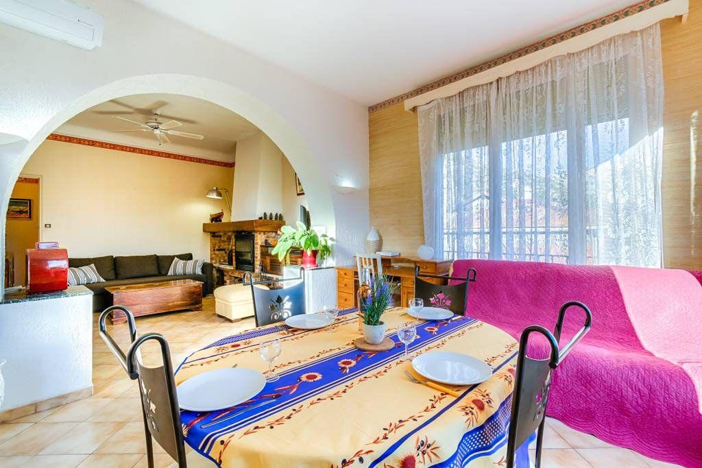 Appartement à louer 2 65m2 à Marseille 9 vignette-3
