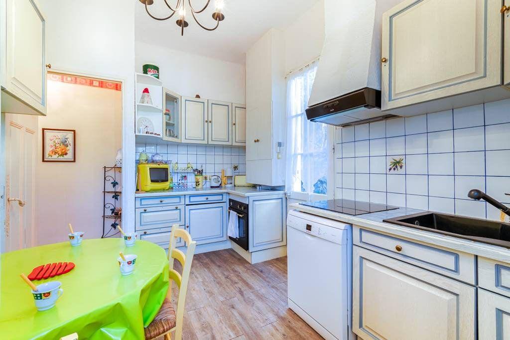 Appartement à louer 2 65m2 à Marseille 9 vignette-7