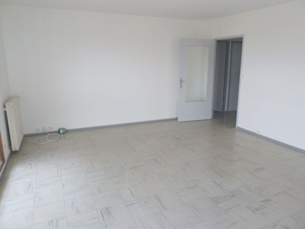 Appartement à louer 3 92.63m2 à Marseille 8 vignette-6