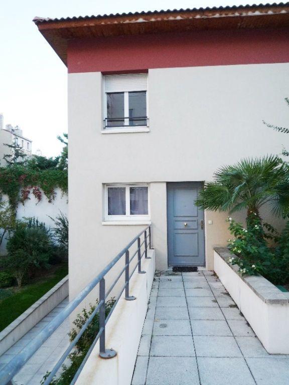 Maison à louer 3 66.05m2 à Marseille 6 vignette-9