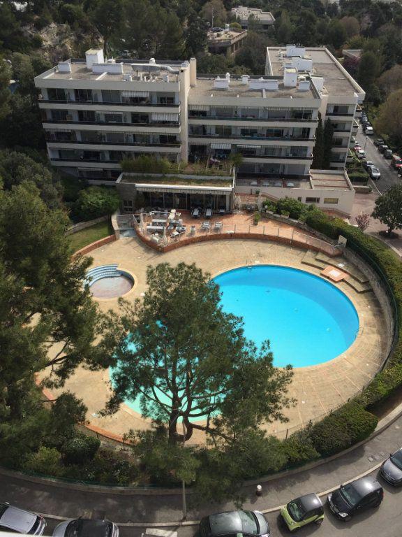Appartement à louer 3 90m2 à Marseille 8 vignette-3