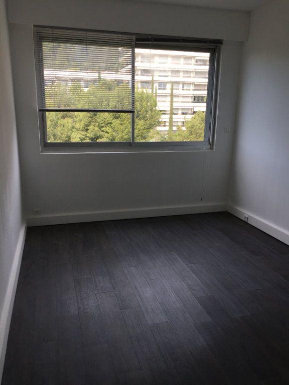 Appartement à louer 3 90m2 à Marseille 8 vignette-13