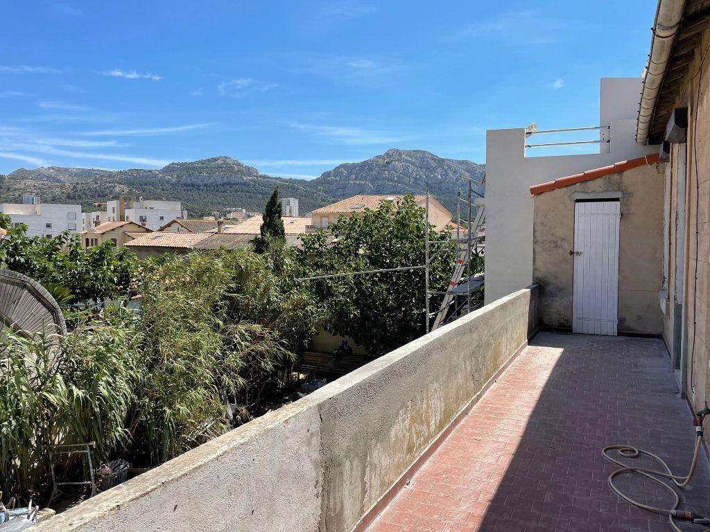 Appartement à louer 3 42.15m2 à Marseille 8 vignette-6