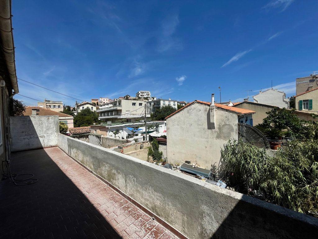 Appartement à louer 3 42.15m2 à Marseille 8 vignette-7