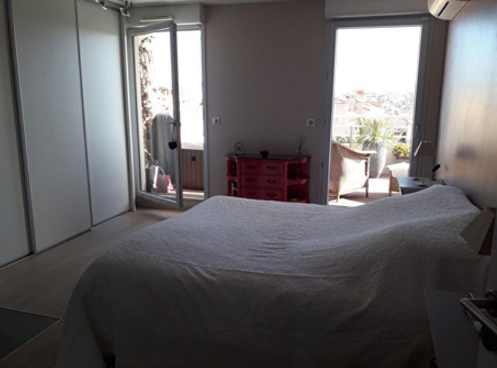 Appartement à louer 4 100m2 à Marseille 6 vignette-12