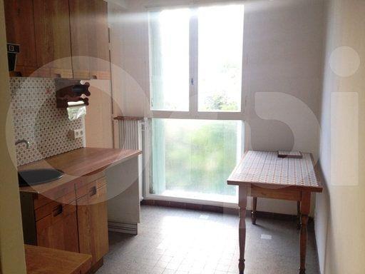 Appartement à louer 3 60m2 à Marseille 3 vignette-3