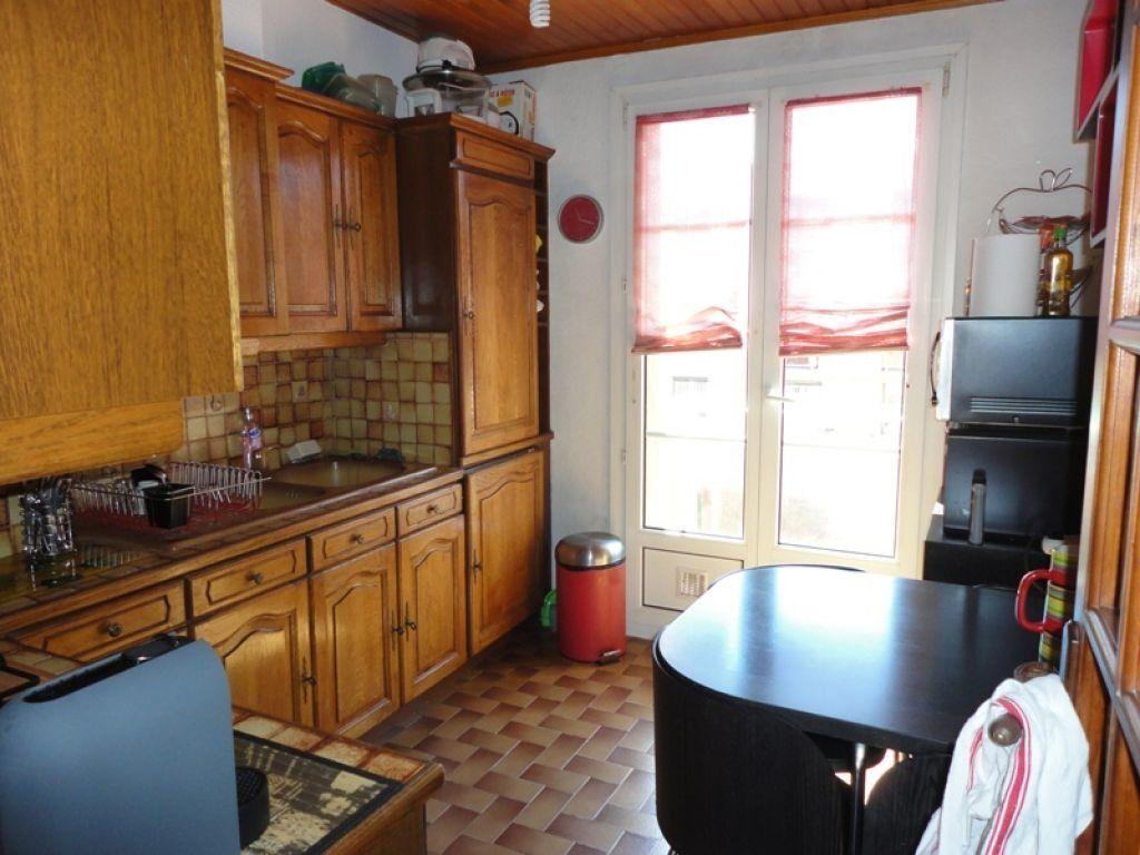 Appartement à louer 4 62.44m2 à Marseille 8 vignette-4