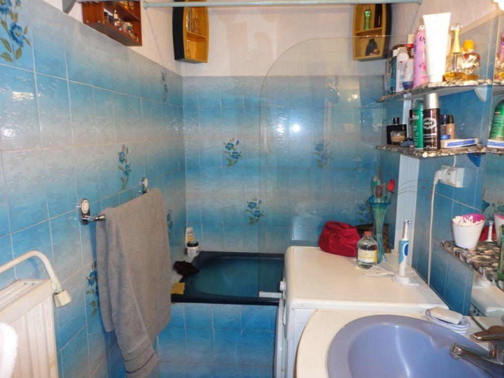 Appartement à louer 4 62.44m2 à Marseille 8 vignette-5