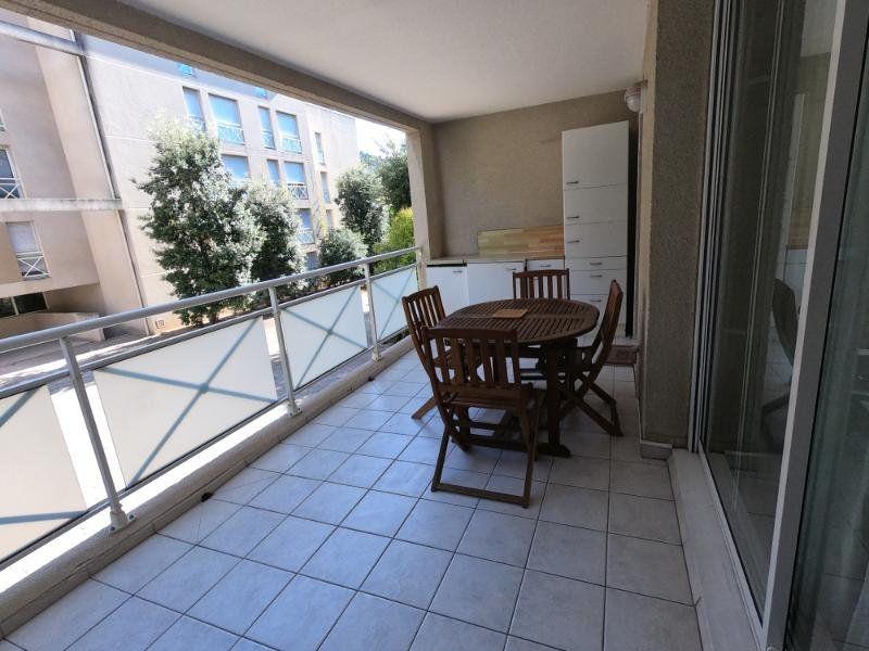 Appartement à vendre 3 71.93m2 à Marseille 9 vignette-4