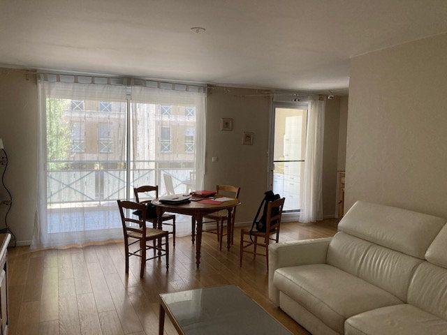 Appartement à vendre 3 71.93m2 à Marseille 9 vignette-5