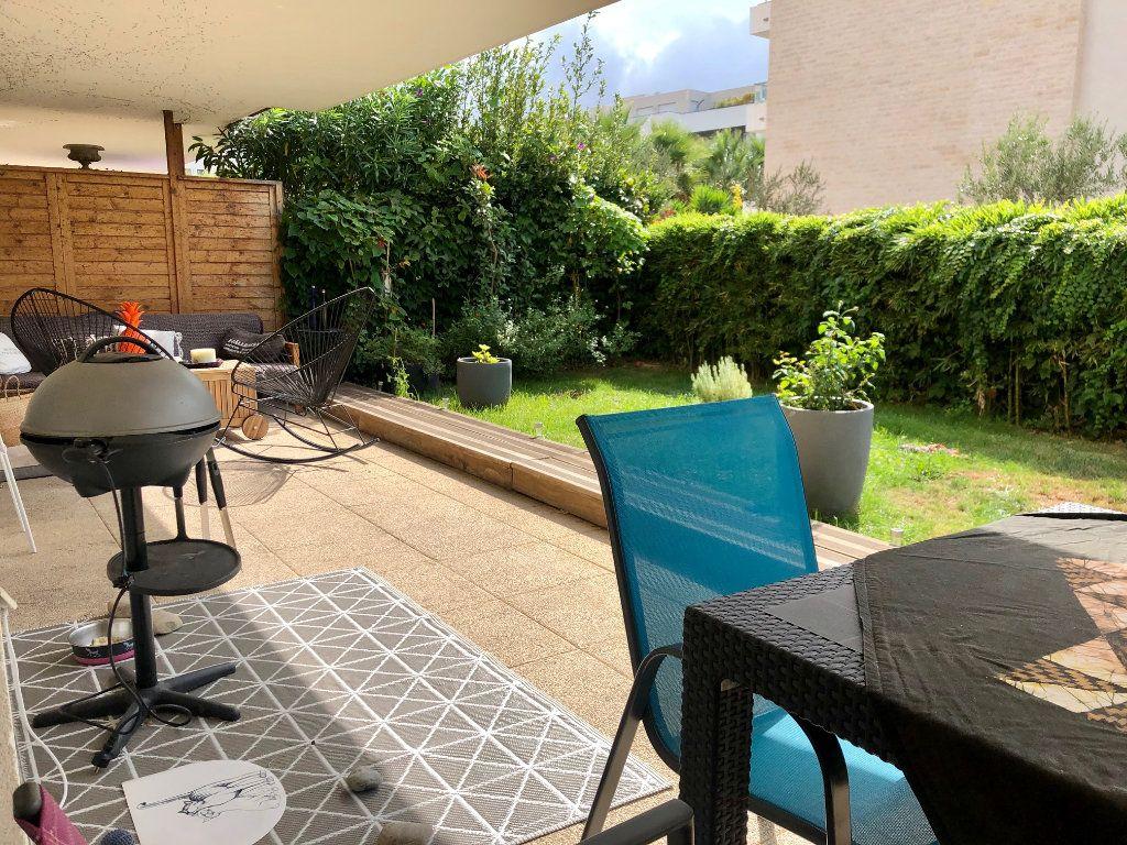 Appartement à vendre 3 62.85m2 à Marseille 9 vignette-6