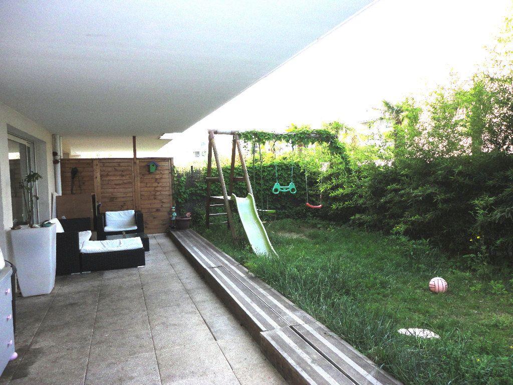 Appartement à vendre 3 62.85m2 à Marseille 9 vignette-8