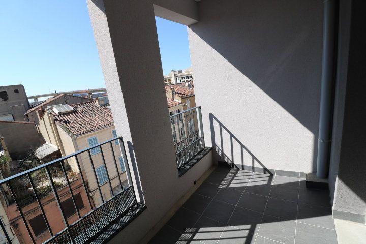 Appartement à louer 2 33.57m2 à Marseille 15 vignette-1