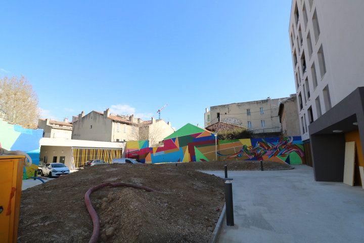 Appartement à louer 2 33.57m2 à Marseille 15 vignette-5