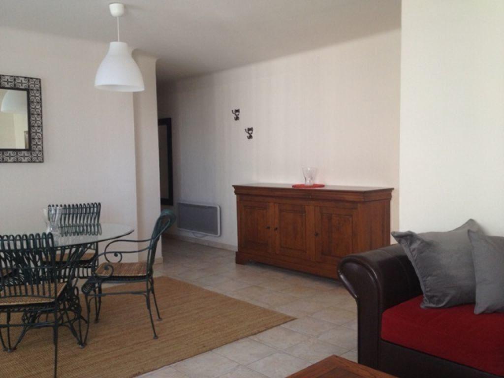 Appartement à louer 4 63.23m2 à Marseille 9 vignette-2
