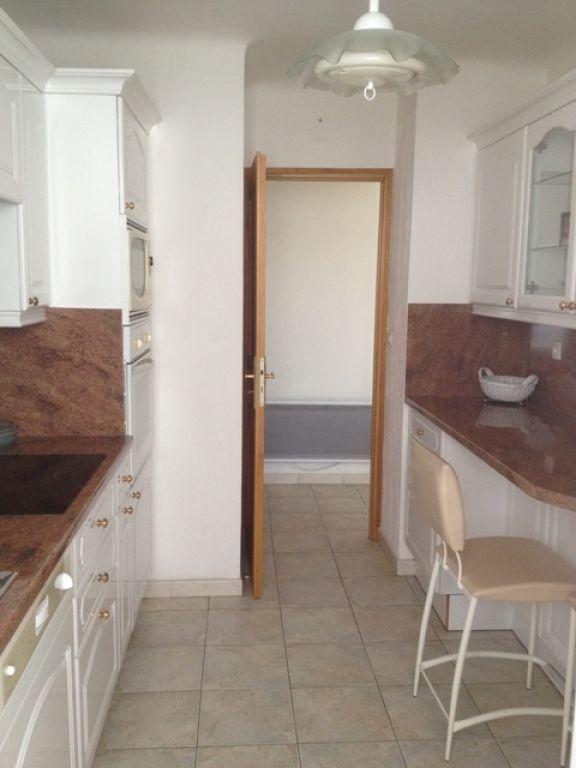 Appartement à louer 4 63.23m2 à Marseille 9 vignette-3