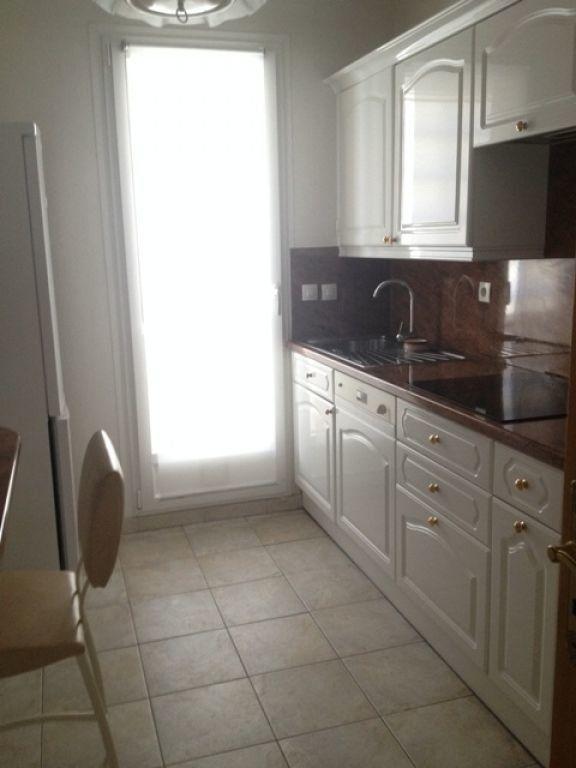 Appartement à louer 4 63.23m2 à Marseille 9 vignette-4