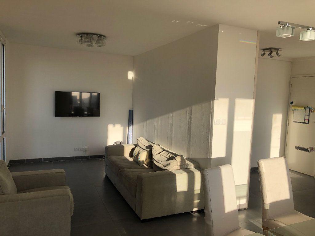 Appartement à louer 4 67m2 à Marseille 12 vignette-4