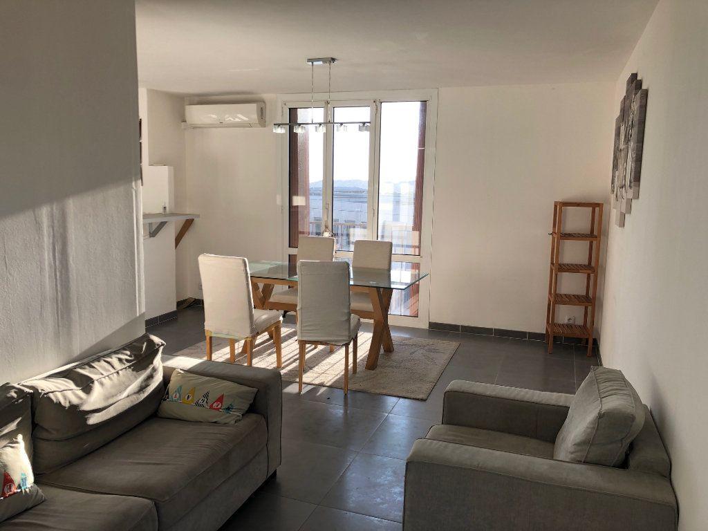 Appartement à louer 4 67m2 à Marseille 12 vignette-5